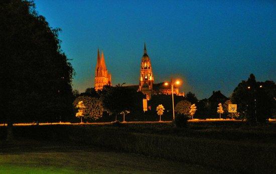 Campanile De Bayeux : vista della cattedrale dalla mia camera