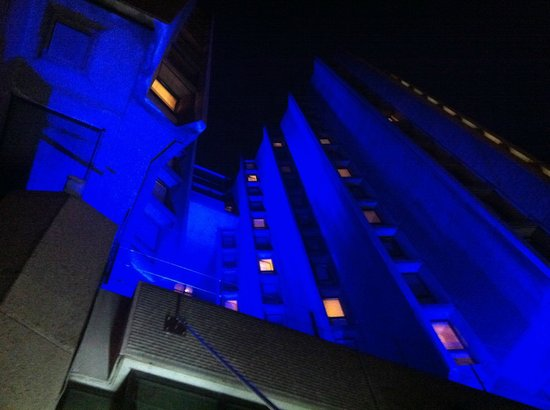 St Giles London - A St Giles Hotel : Night time light extravaganza