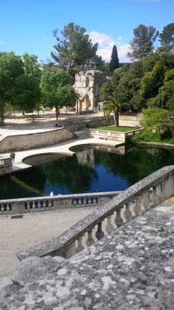 Jardins de la Fontaine : I giardini 2