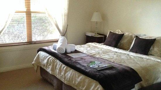 Bluebush Estate: our room