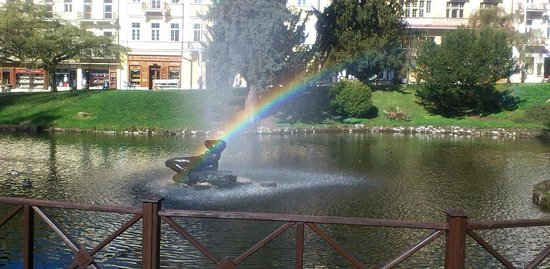 The Singing Fountain : Rainbow in the Park