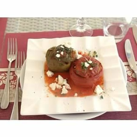 Santorini Wine Tour : Stuffed tomatoes & peppers (after)