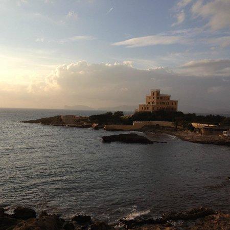 Carlos V Hotel: tramonto su capocaccia