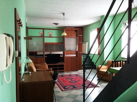 2Gi Residence Ajraghi : vista dall'ingresso