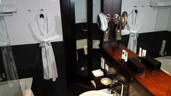 Sofitel Lisbon Liberdade: Salle de bain