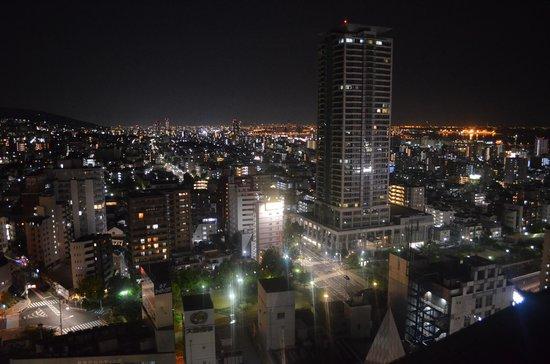 ANA Crowne Plaza Kobe: 部屋からの夜景