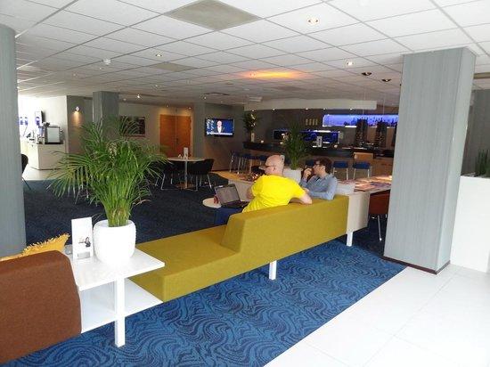 Novotel Maastricht: Lobby