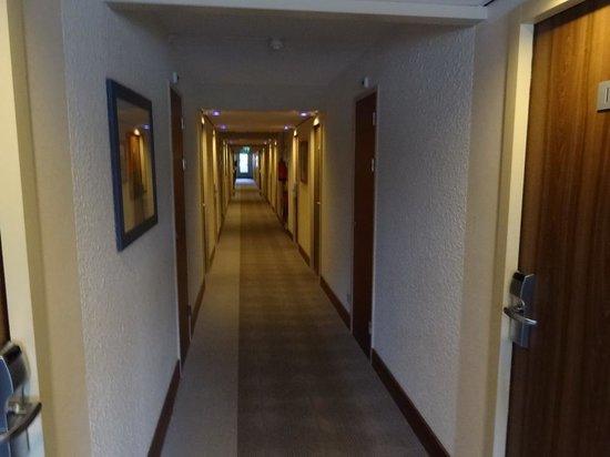 Novotel Maastricht: Couloir du 1er étage