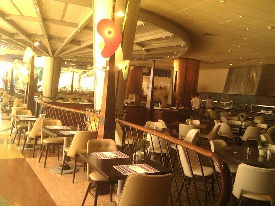 Dan Eilat: Ресторан