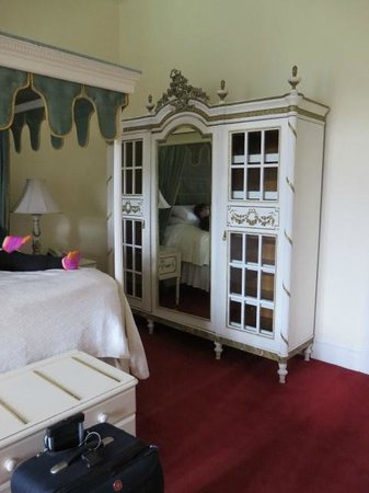 Belleek Castle: single/double room