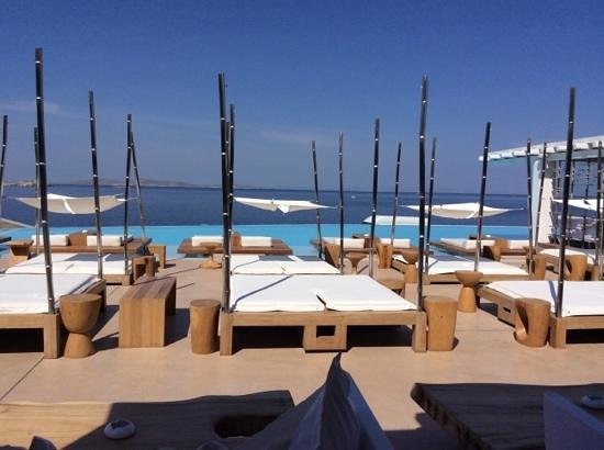 Cavo Tagoo: a fantastic place to relax