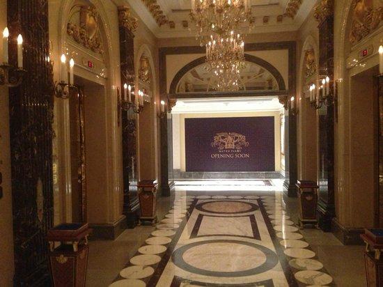 Legendale Hotel Beijing : ascenceurs