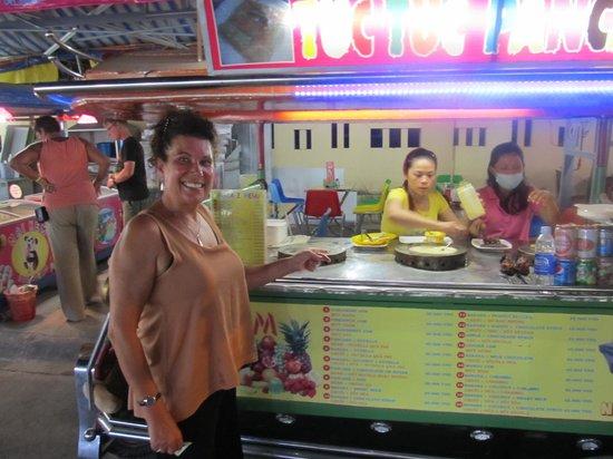 Dinh Cau Night Market : Pancake stall which were very tasty