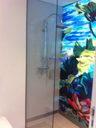 art'otel cologne : shower