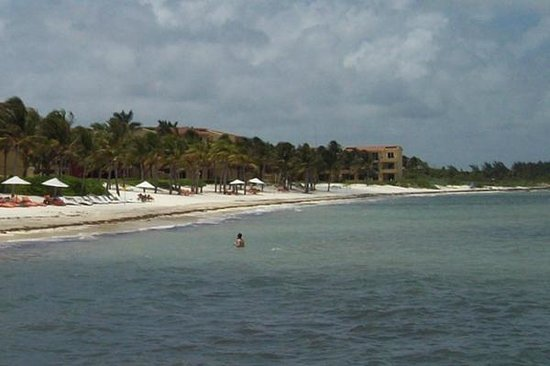 Zoetry Paraiso de La Bonita : View of the hotel from the pier