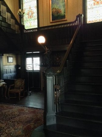 Vrooman Mansion: Up the stairs.