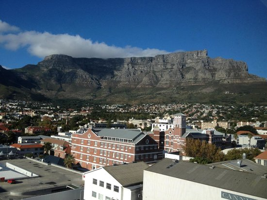 Protea Hotel Fire & Ice! by Marriott Cape Town: View from room
