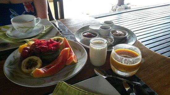 Vahine Island Resort: Colazione