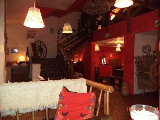 Chlopskie Jadlo : Rustikales Ambiente im Restaurant