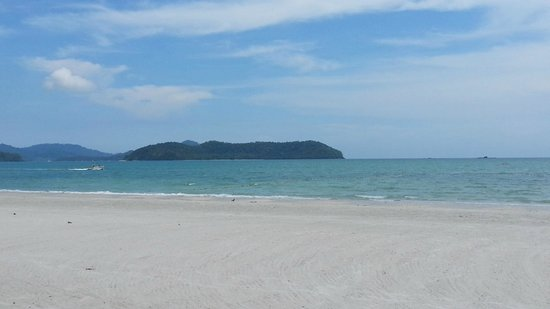 Casa del Mar, Langkawi: beach