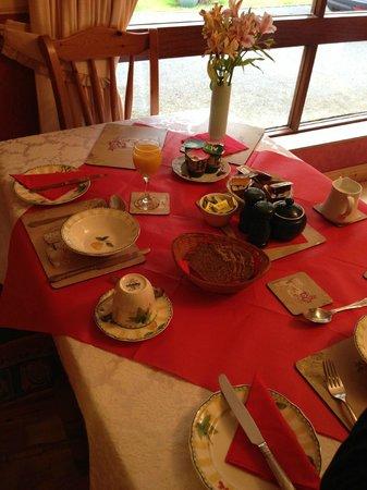 Evergreen Bed & Breakfast: Breakfast