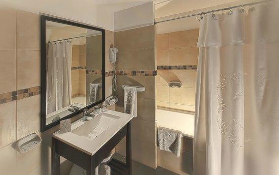 Villa Huinid Hotel Pioneros: Baño