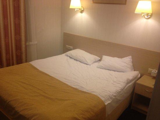 Bristol Hotel: Sängen