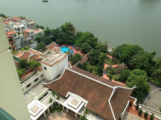 Sheraton Hanoi Hotel: The pool