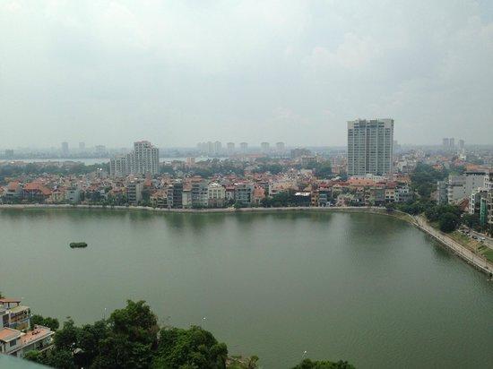 Sheraton Hanoi Hotel: The lake