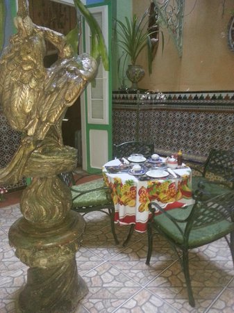 Casa Cristo Colonial: Belle salle à manger avec le soleil qui y entre!