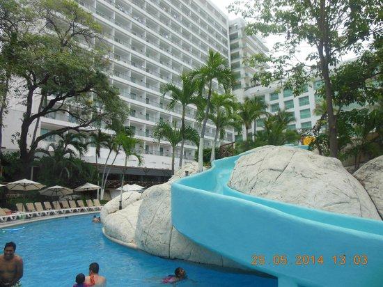 Emporio Acapulco Hotel: Parte del tobogan