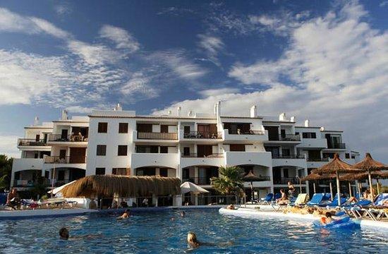 Aparthotel Roc Las Rocas: Piscine du Club Marmara