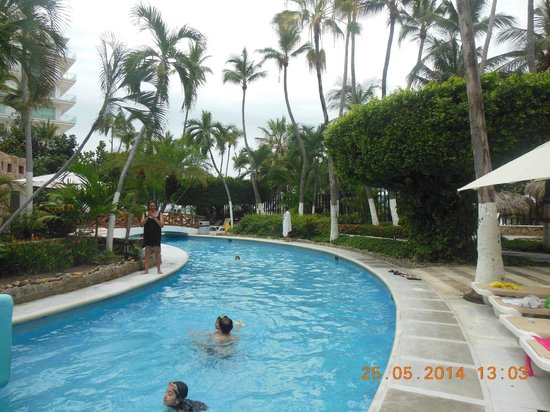 Emporio Acapulco Hotel: La alberca