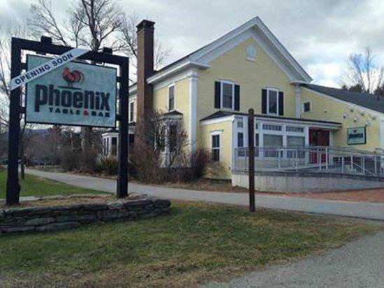 Phoenix Table & Bar: The Pheonix