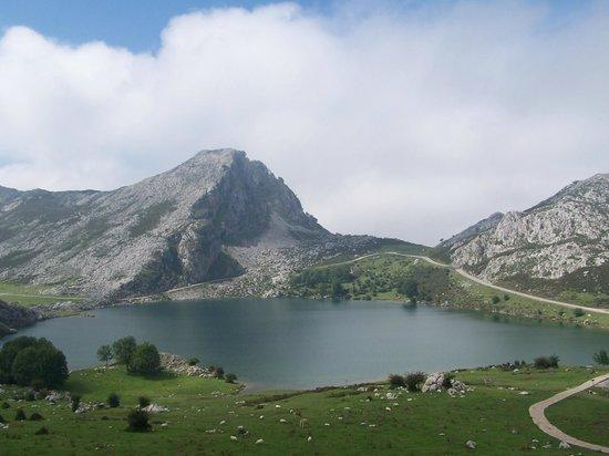Picos de Europa Mountains: Picos de Europa