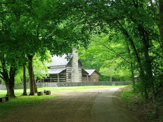 Homeplace 1850 S Working Farm Picture Of Land Between The Lakes National Recreation Area Golden Pond Tripadvisor