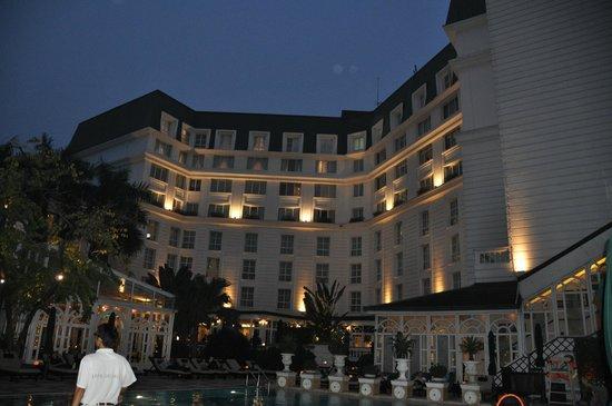 Sofitel Legend Metropole Hanoi : parte interna hotel