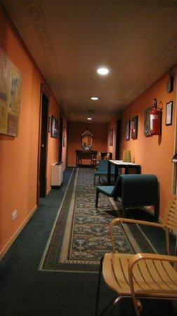 Politeama Palace Hotel : corridoio