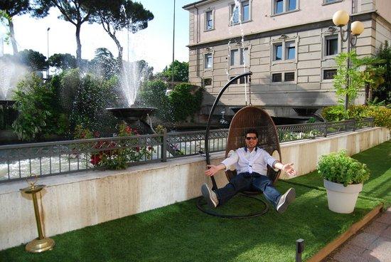 Hotel Leon D'Oro: Giardino