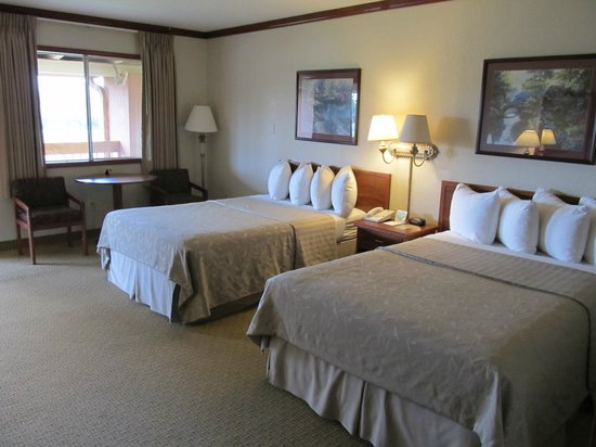 Mountain Ranch Resort at Beacon Hill: Hier de mooie kamer van binnenuit.
