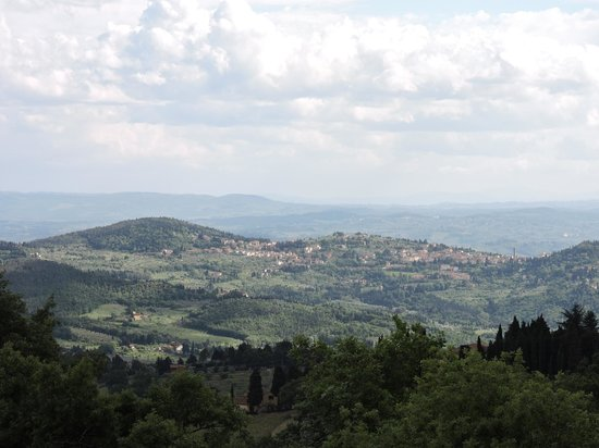Demidoff Country Resort: Valley view - Florence below