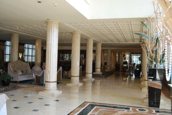 Roseo Hotel Leon D'Oro: Hall