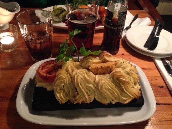 Restaurant Puk : Filetto di manzo con purè di patate!