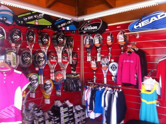 Club de tenis Royal Tennis Club Marbella: Our tennis shop! All you need for tennis and padel!
