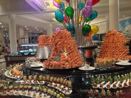 Belek, Turkey: mountain of prawns