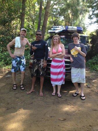 Luquillo Beach Boys Surfschool: Surfing Buddies