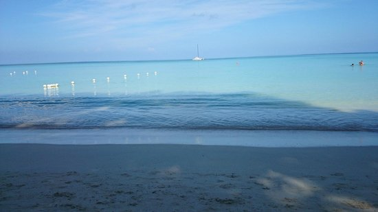 White Sands Negril: beautiful beach.......