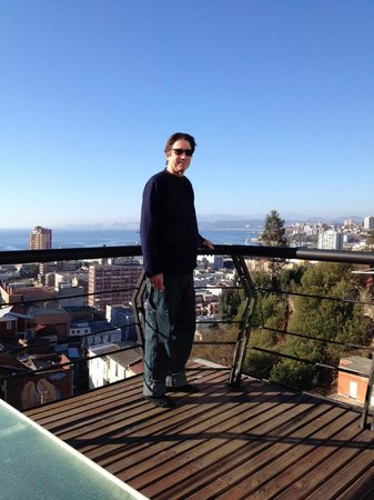 Valparaiso Experience Apartments : Hubby on the lower deck
