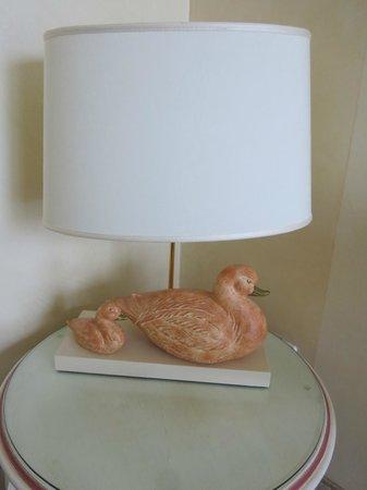 Hotel Rivalago: lampe canard !