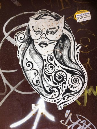 Barcelona Street Style Tour : Cat Woman paste up